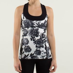 Lululemon Brisk Bloom Scoop Neck Floral Tank